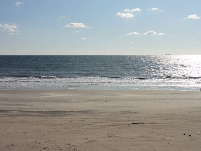 Escape to our Great Beach Getaway - Queens - Byt