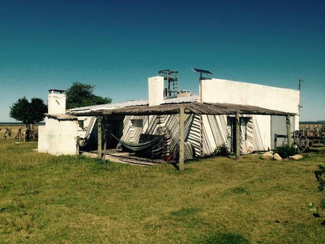 Casa ecológica en Laguna de Rocha - Rocha - Inap sarapan