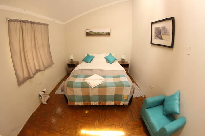 Private full house 10 minutes walk from Main Plaza
