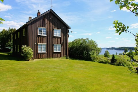 Large house w/4 bedrooms in Ørje, 1 hour from Oslo