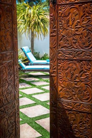 BORD DE MER / Villa Cocooning et sa piscine privée