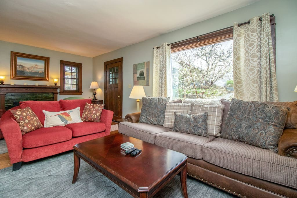 Open floor plan and comfortable furniture perfect for relaxing.