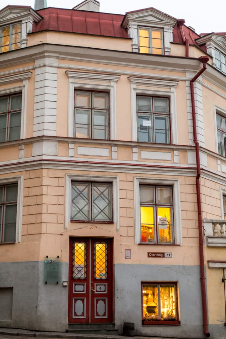Old Town House for up to 26 persons