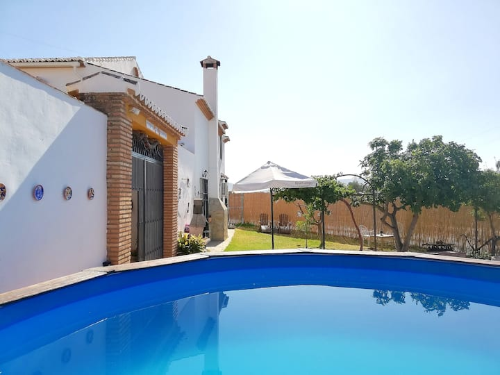 Villa with 5 bedrooms in Antequera, with private pool, enclosed garden and WiFi