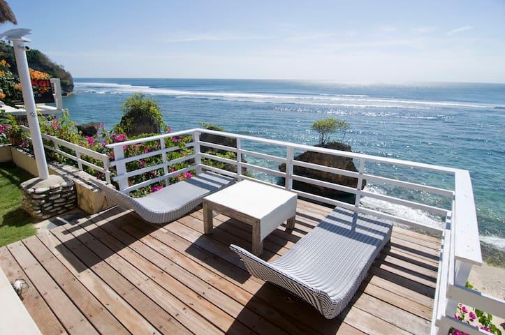 Deeksha Bali Beach SurfHouse,Bingin