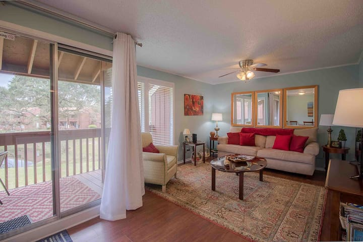 Wow!Private Queen Suite,Golf,Pool,Gulf Coast $49
