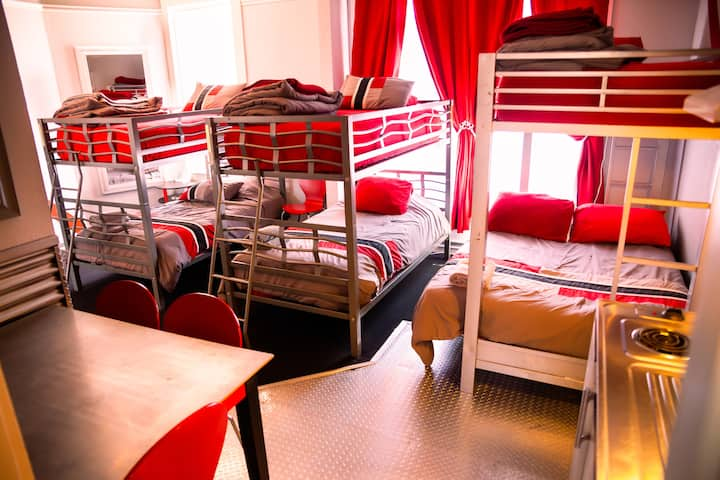 Single Bed in 6 Bed Male Dorm w/ Ensuite