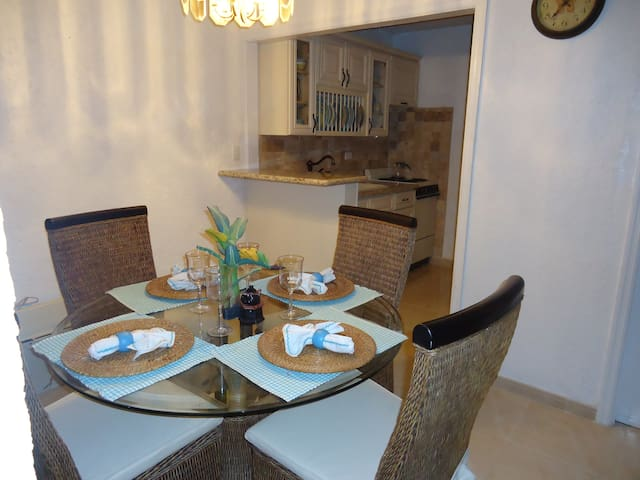 Paradise Villas unit 12 - Nassau - Apartment
