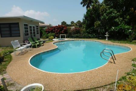 Luxury Villa With Private Beach Pompano Beach Airbnb Com