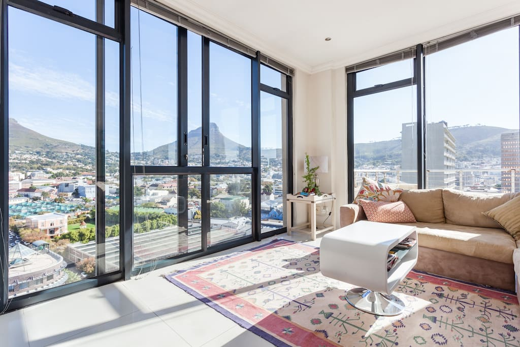 Views from lounge - lions head to one side and Table Mountain to the other