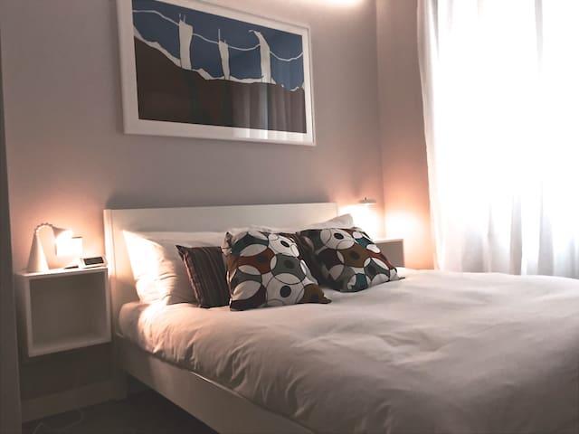 Stylish 2 rooms, 2 baths & kitchen