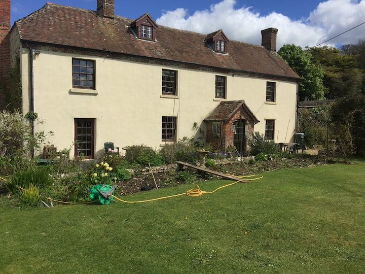 Belhuish Farmhouse Bed & Breakfast