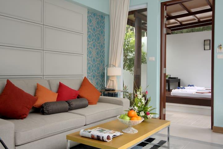 Apsara Beachfront resort and Villa - Takua Pa - Villa