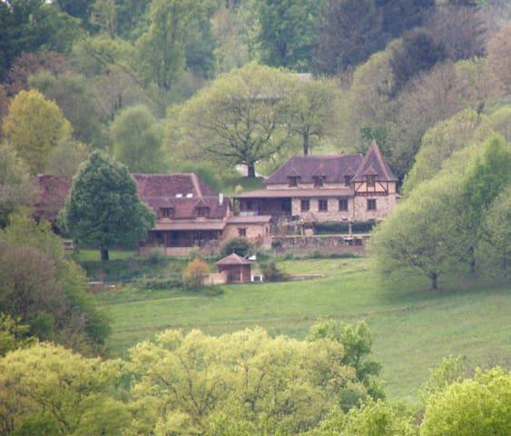 Clos SAINT VENANT - Payzac - House