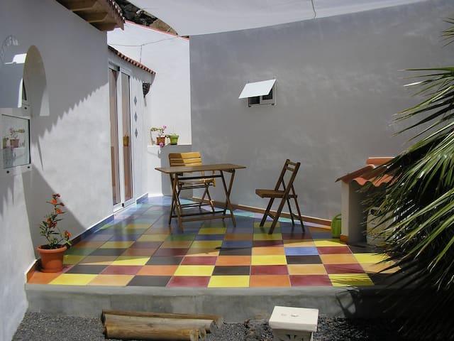 El Nido, Kleines Häuschen - Puerto Naos  - Rumah