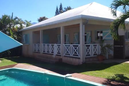 Villa Piscine 4 chambres - Ravine des Cabris
