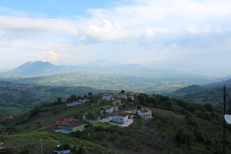 the house in little town with view - Montefusco - Apartment