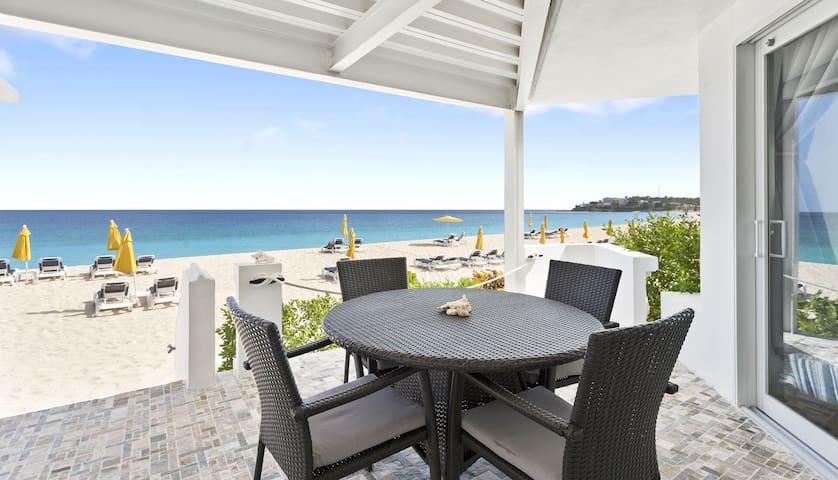 Turtles Nest Beach Resort  -  direct Beach access 2 bedroom condo