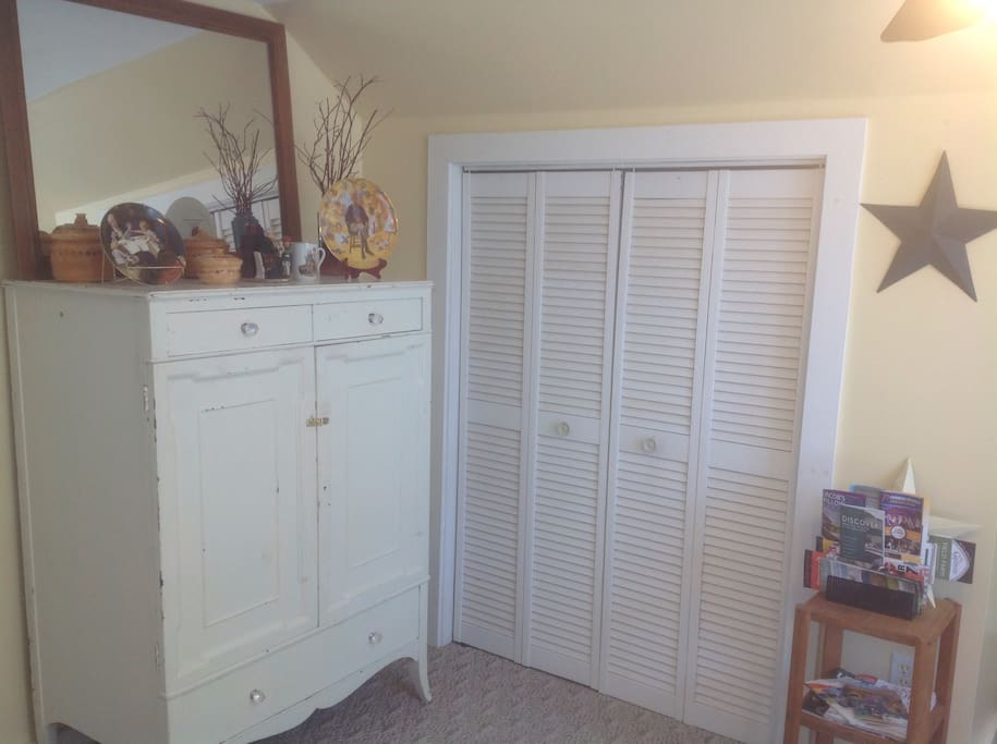 Plenty of drawer space and closet space
