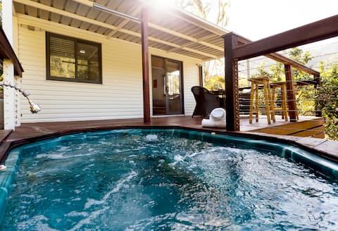 Stuga,Tropisk Acreage+Spa+Creek+Verkligen Fantastiskt!