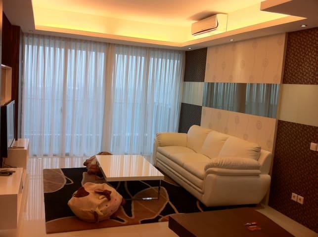 Luxury Apt in Kemang @affordable price/2BR+1/Cosmo - Kebayoran Baru - Apartamento