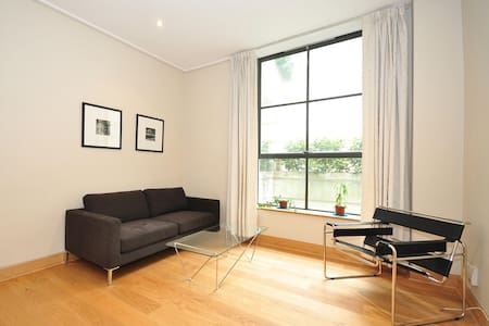 (CL05) Flat in central location
