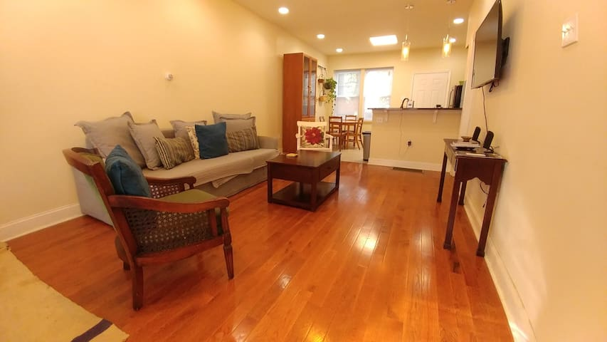 ❤ Dog Friendly Home Near Drexel | 4k TV | Wi-Fi ❤