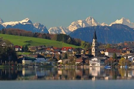 Salzburg Lakes Holiday Apartment - Appartement