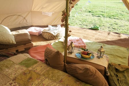 Gooseberry Field Campsite Bell Tent - Pluckley