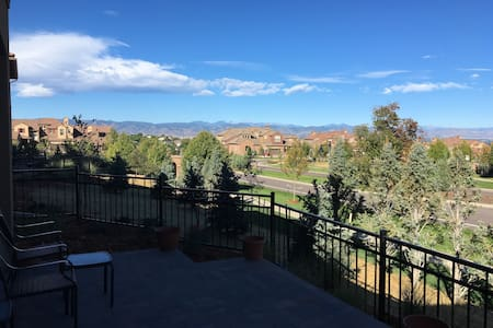 Relax at your Colorado Basecamp - Highlands Ranch