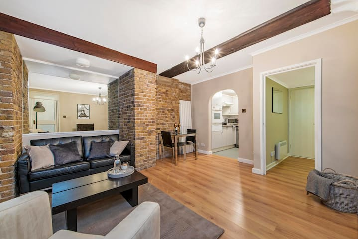 Bermondsey apartment near Butler's Wharf Pier