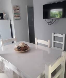 Casa en Monte Hermoso a 4 cuadras de la playa!!