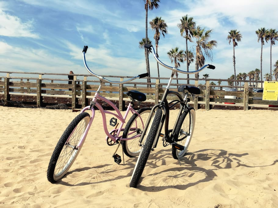 Guests can use two nice good-riding bicycles (beach cruises)