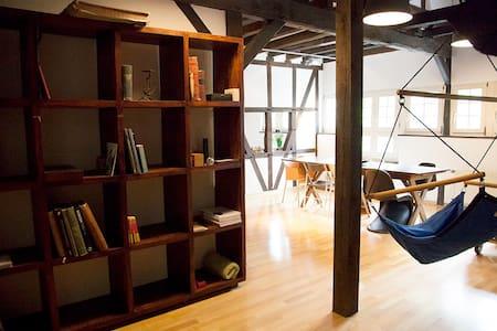 Spacious loft in heritage-Building - Solingen