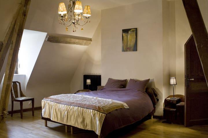 1 chambre et SDB. Pour 2 ou 4 pers - Condeau - บ้าน