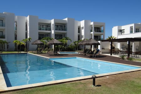 Apt de Luxo, térreo, piscina, quadra, Iberostar