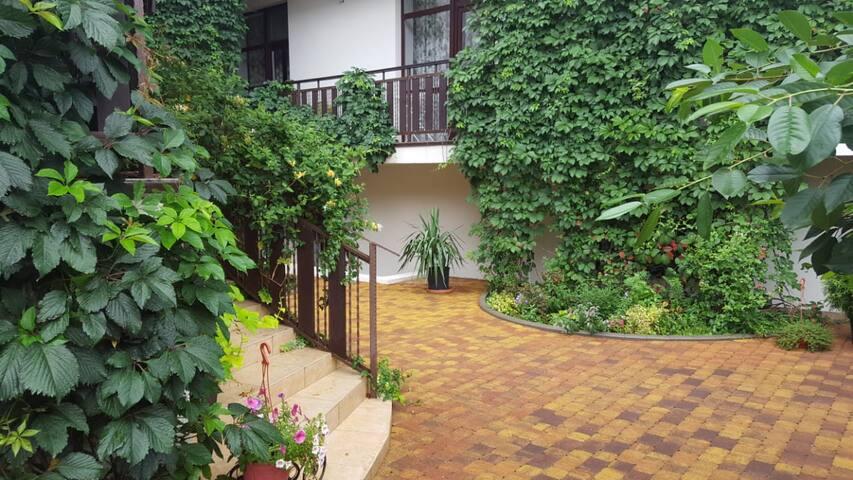Villa Kashtan