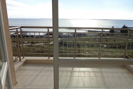 Студия на 1 линии. Панорама на море - Ravda
