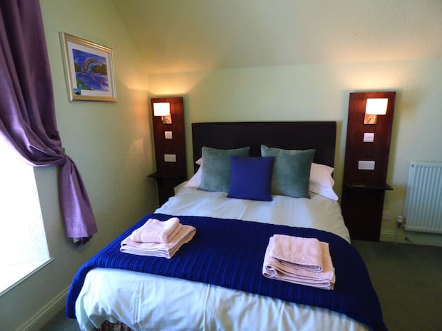 Double Room 10 at The Southcliff