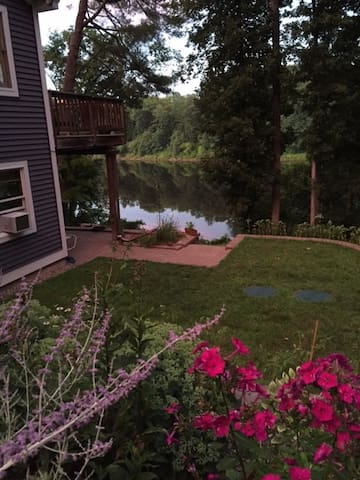 Connecticut River Odyssey - Springfield - Appartement