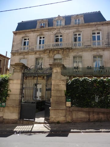 30 m2 charming studio with garden - Béziers - Apartament
