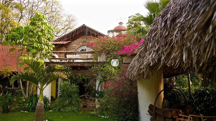 Hermosa cabaña con alberca y palapa - Atlixco - Rumah