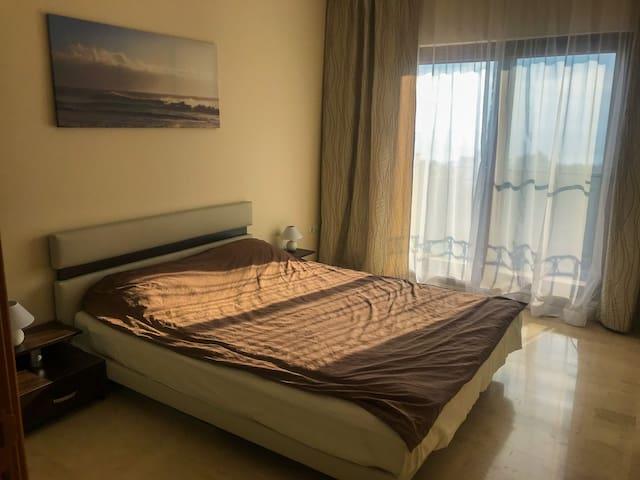 Спальня 1 - Bedroom 1