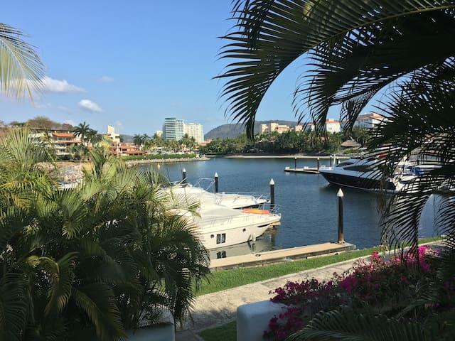 Luxury Villa with beautiful marina views