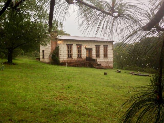 Cabaña en Fracc. Zona de Bosque