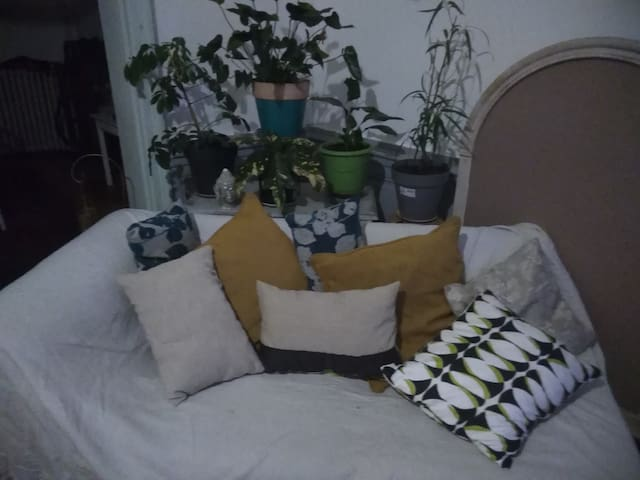Chambre meublée 3 dans quartier résidentiel