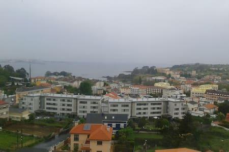 Apartamento Santa Cruz de Oleiros 3 d. con vistas - Oleiros