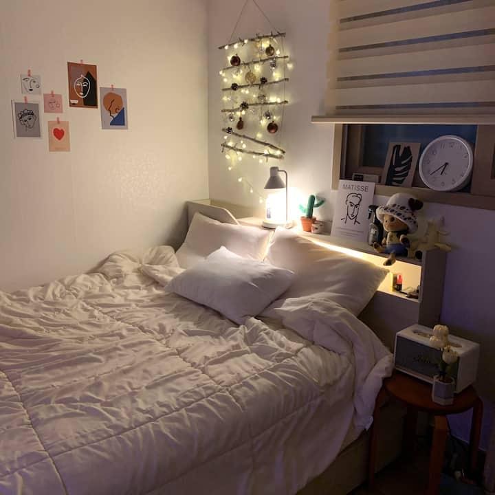 아늑하고 포근한 침대가 있는 집