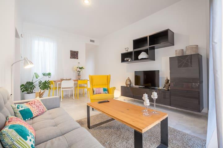 (WITH A/C) PRETTY DOUBLE ROOM CENTER SEVILLA - Sevilla - Apartment
