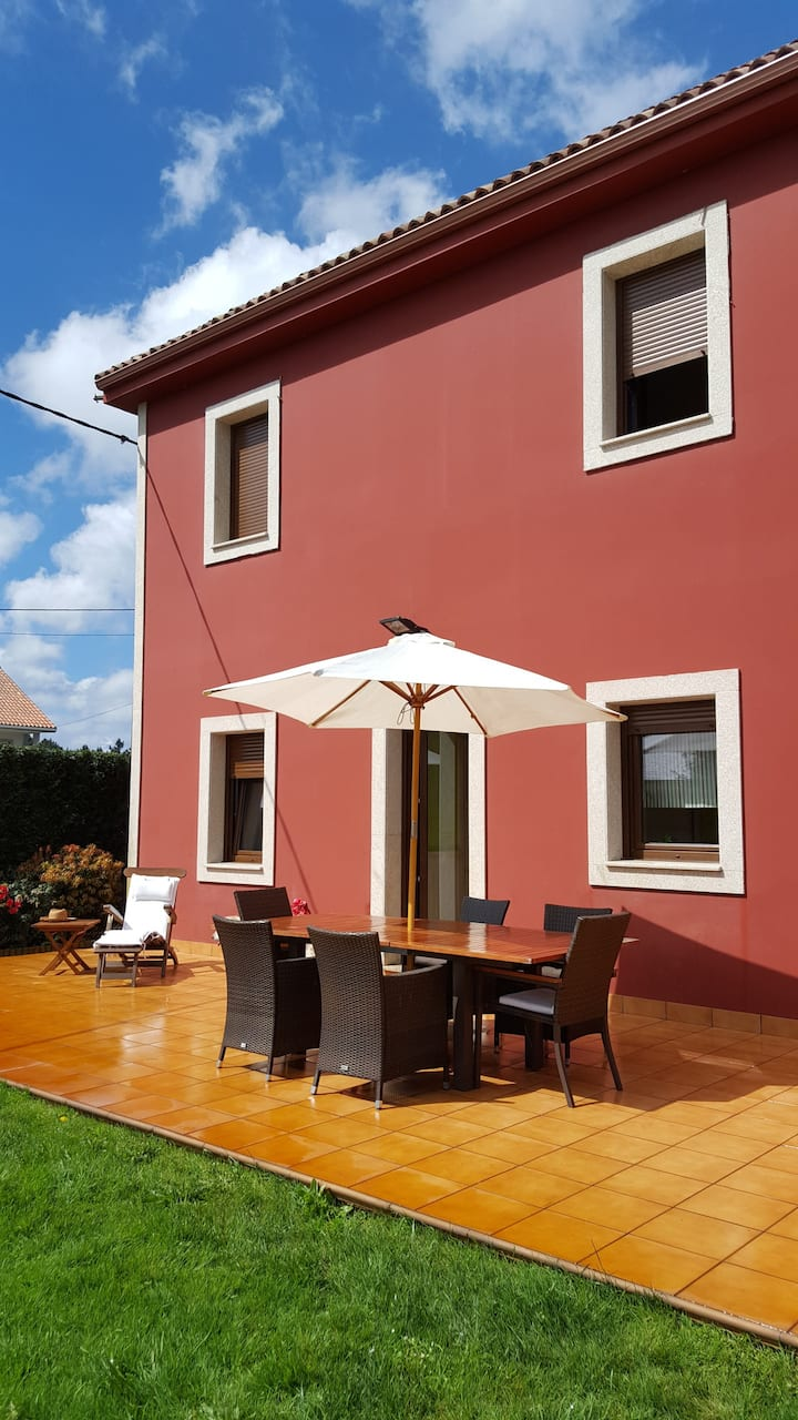 Acogedora casa cerca de A Coruña